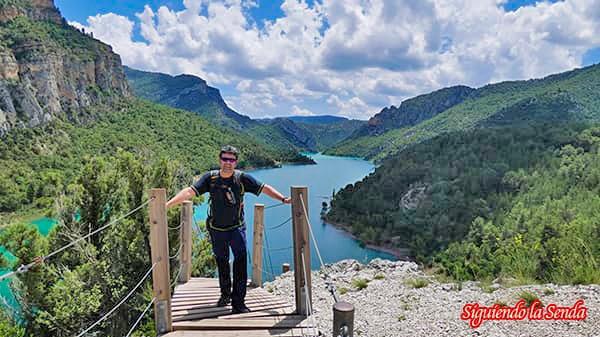 final del primer tramo en la ruta por las pasarelas de Montfalco