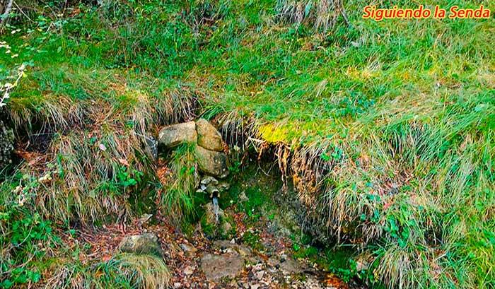 Fuente del Cura en la ruta a los canos de gudar