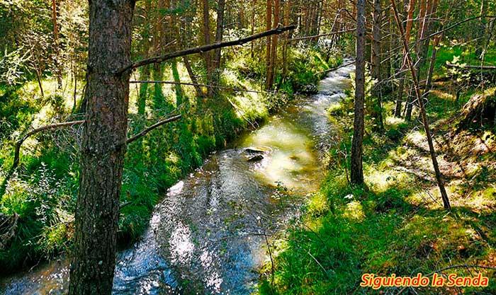 Rio Blanco en la ruta a los canos de gudar
