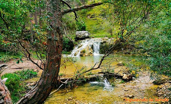 rio Blanco en la ruta de los canos de gudar
