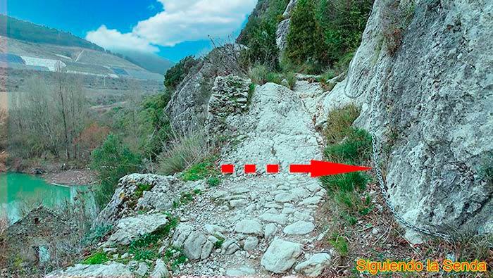 Puente del Diablo en la ruta por la Foz de Lumbier
