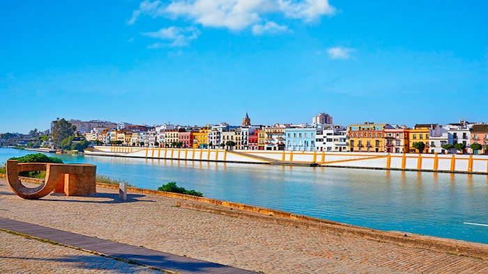 Donde alojarse en Sevilla, Barrio de Triana.